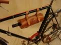 Portavino_bicicleta_antigua_cuero_madera_personalizado_04