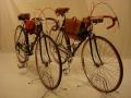 Par de bicicletas carretera antigua cuero clasica restaurada Leopolda