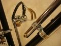 Soporte_bomba_cuero_aluminio_personalizado_02