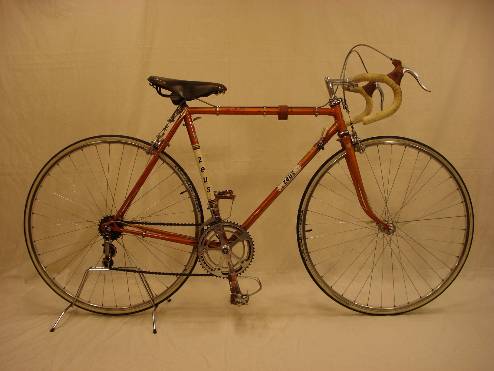 Alquiler bicicletas clásicas y antiguas - bicicletasclasicasleo.com